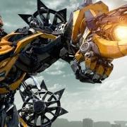 Bumblebee: primo trailer italiano del film di Travis Kinght, spinoff dei Transformers